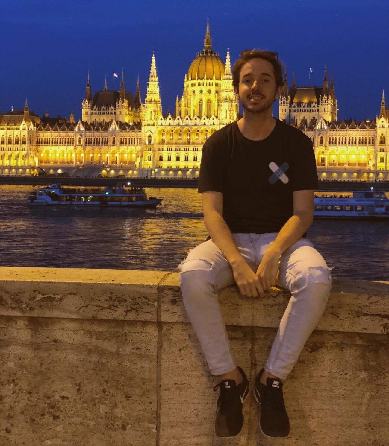 Budapest - parlamento por la noche
