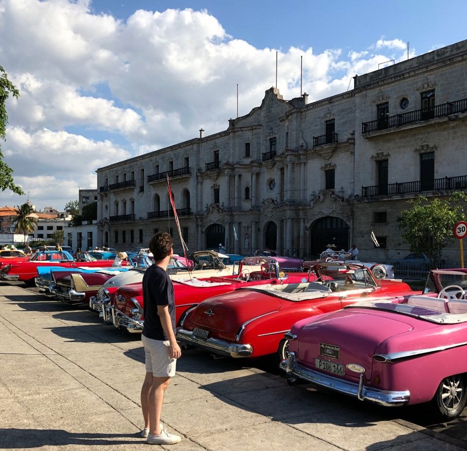 Curiosidades sobre Cuba almendrones